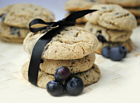 Cookies con gocce di cioccolato e mirtilli